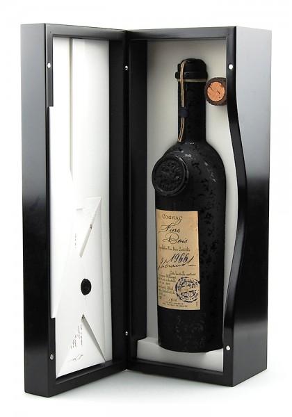 Cognac 1966 Lheraud Fins Bois in exklusiver Holzkiste