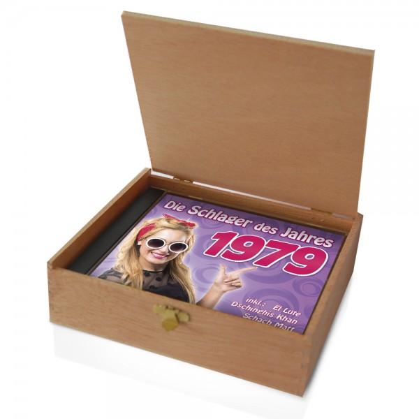 CD 1979 Schlager in Holzkiste mit Banderole und Siegel