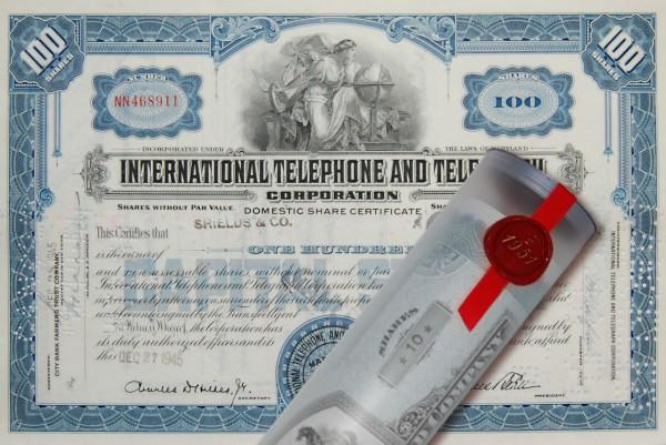 Aktie 1945 INTERNATIONAL TELEPHONE in Geschenkrolle