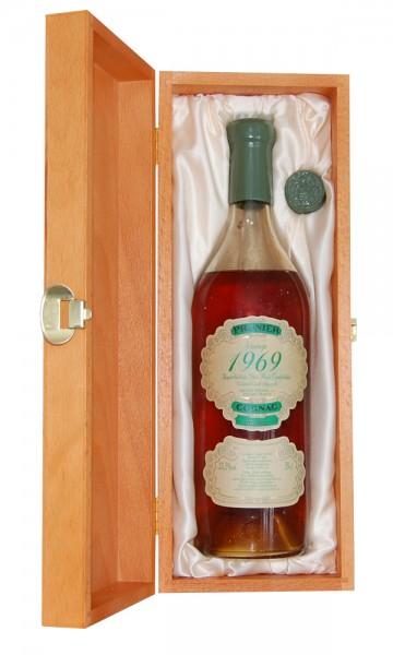 Cognac 1969 Prunier Fins Bois in Holzkiste